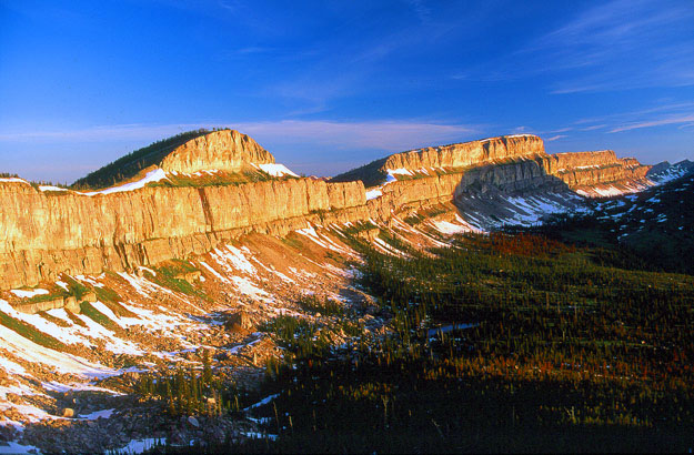 Chinese-Wall-Bob-Marshall-Wilderness-Montana