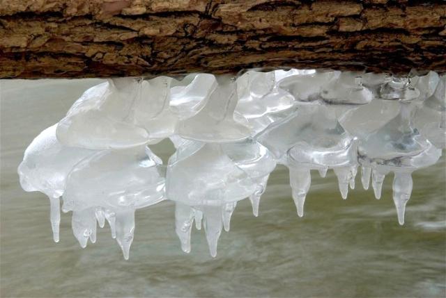 Ice 052