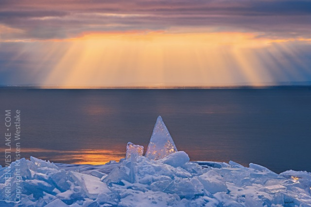 kristen-westlake-20140113-Ice-landscape-lake-superior-0101